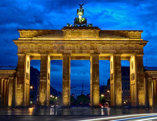 Посвещавам това стихотворение на Берлин – един от най – красивите градове в Европа