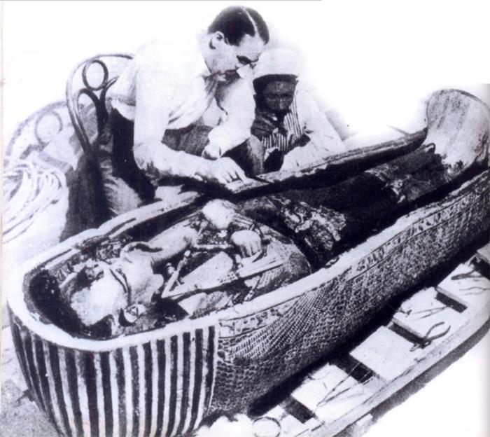 Как е умрял Тутанкамон